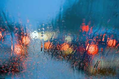 Driving-in-rain-125593